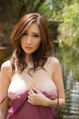 Busty Asian Beauty Julia - 00