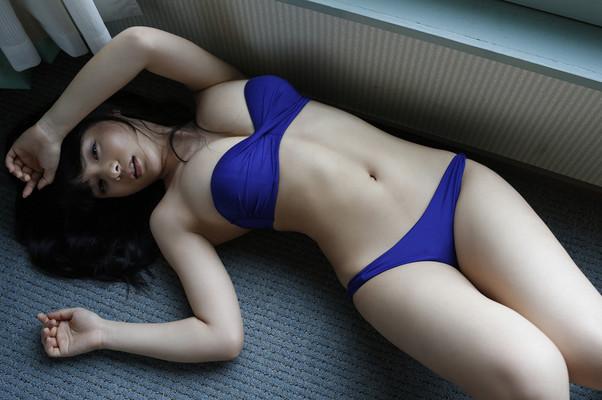 Mizuki Hoshina Via AllGravure - 01