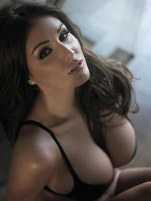 Lucy Pinder Hottest Nuts Outtakes - 05