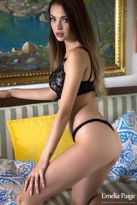 Emelia Paige Sexy Black Lingerie - 02