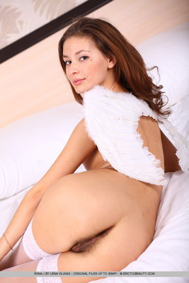 Irina J in Gentle Dreams for Erotic Beauty - 05