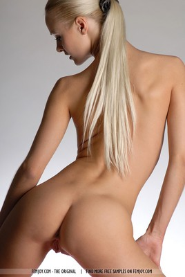 SuperHot Blonde With Shaven Pussy - 12