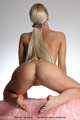 SuperHot Blonde With Shaven Pussy - 14