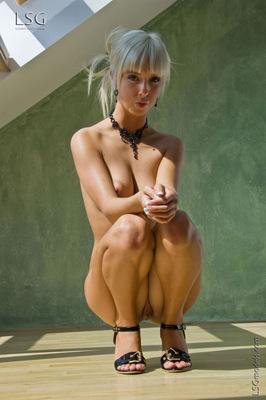 Chunky Pussy - Natalie - 12
