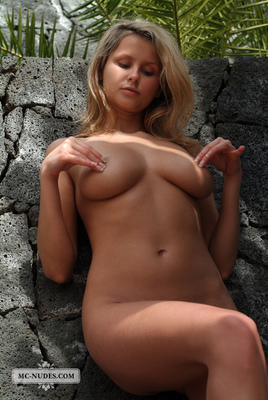 Adela Wants To Get It By The Wall - 02