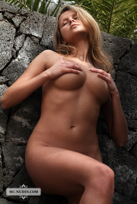 Adela Wants To Get It By The Wall - 10