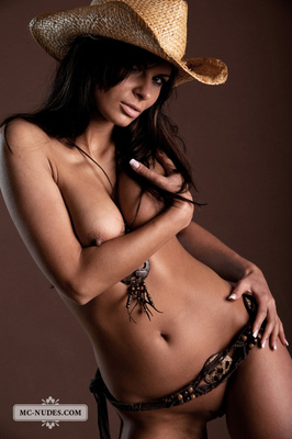 Valentina - Cow Girl - 09