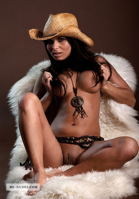 Valentina - Cow Girl - 12