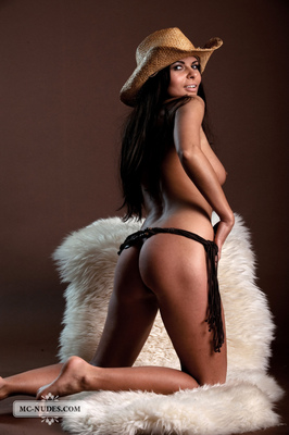Valentina - Cow Girl - 13
