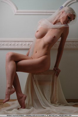 Statuesque Busty Blonde - 05