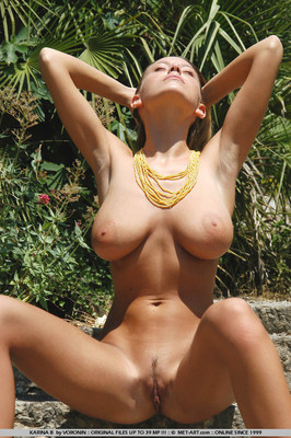 Big Boobs Outdoors - 05