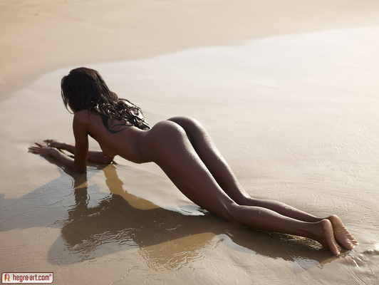 Valerie Lif is a Beach for Hegre Art - 03