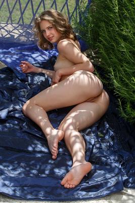 Young Brunette Beauty Clarice Via Met-Art - 09