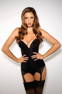Hot Stunner Alyssa Arce - 08