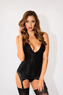 Hot Stunner Alyssa Arce - 09