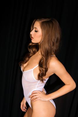 Hot Stunner Alyssa Arce - 12