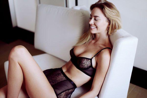 Skinny Blonde Beauty Bryana Holly - 03