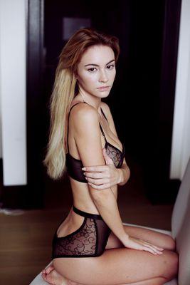 Skinny Blonde Beauty Bryana Holly - 06