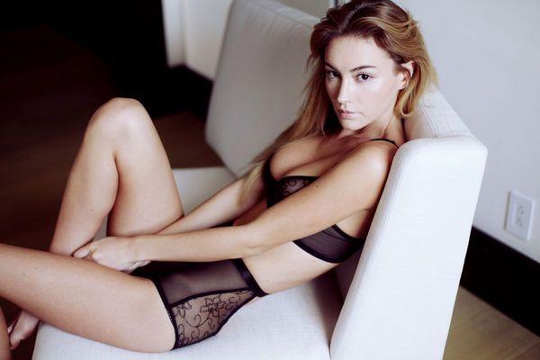 Skinny Blonde Beauty Bryana Holly - 07