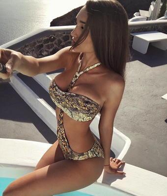 Instagram Hottie Anyuta Rai - 00