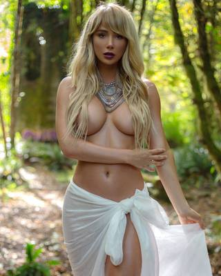 Sara Jean Underwood Around The World - 10
