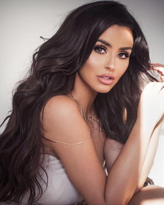 Best Of Busty Bombshell Abigail Ratchford 2017 - 00