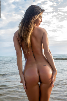 Justyna Skinny Dipping Via Photodromm - 11