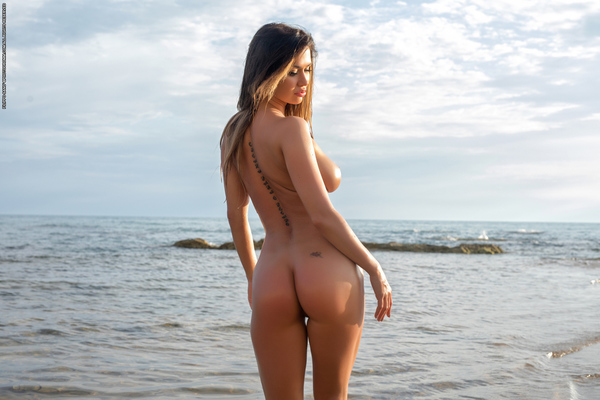 Justyna Skinny Dipping Via Photodromm - 12