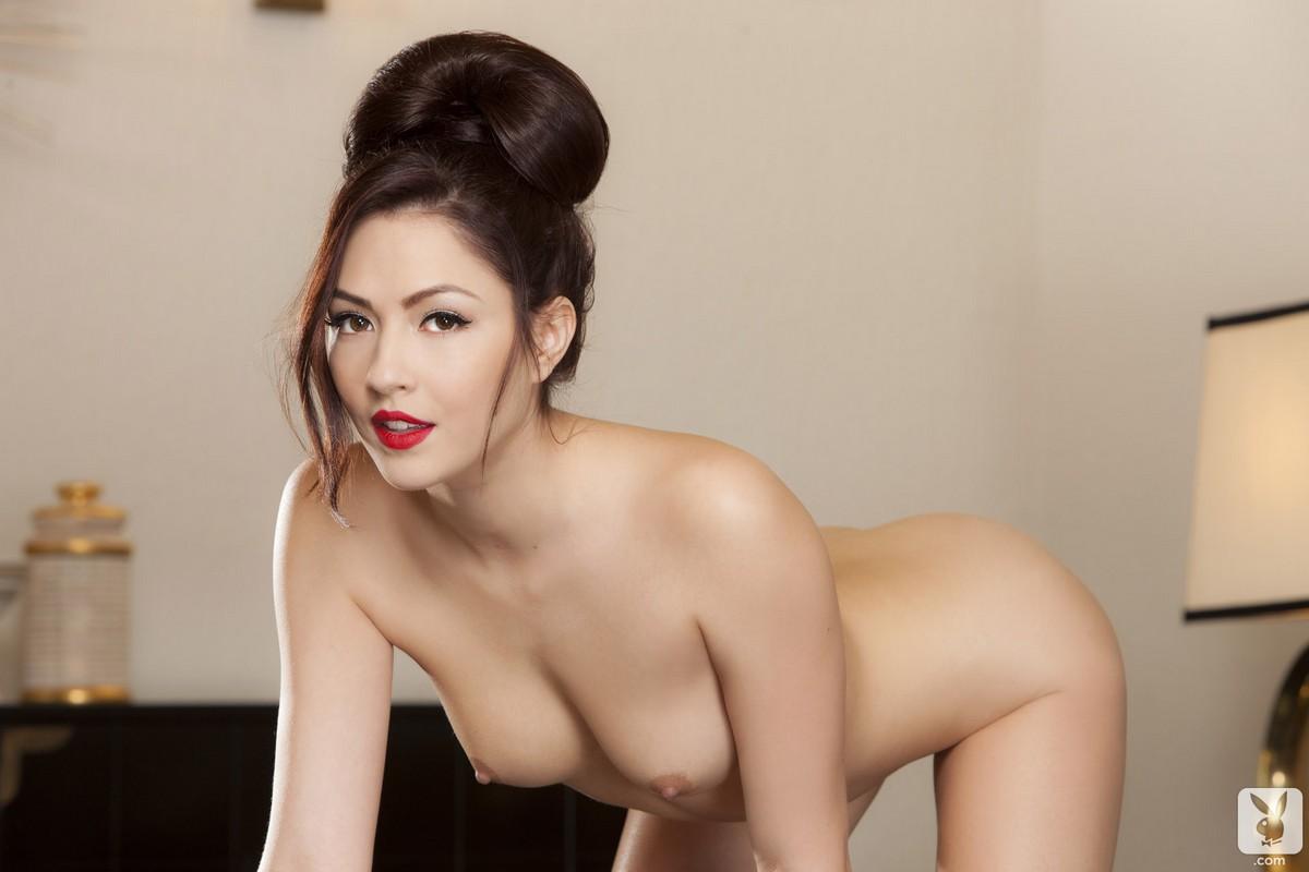 yakuza-nude-girls-virginia-moore-naked