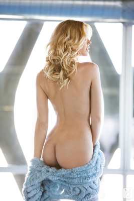 Kennedy Summers Miss December 2013 - 05
