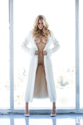 Kennedy Summers Miss December 2013 - 13