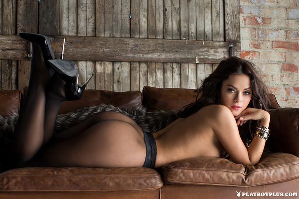 Playmate Alexandra Tyler Via Playboy - 02