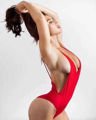 Candids Of Busty Playmate Stephanie Knight - 14