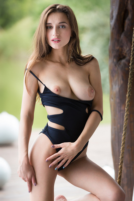 Gloria Sol Via Playboy - 02