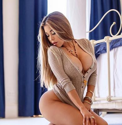 Busty Playmate Olga Loera - 04