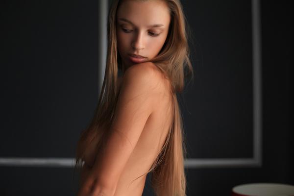 Elin Via Playboy - 12