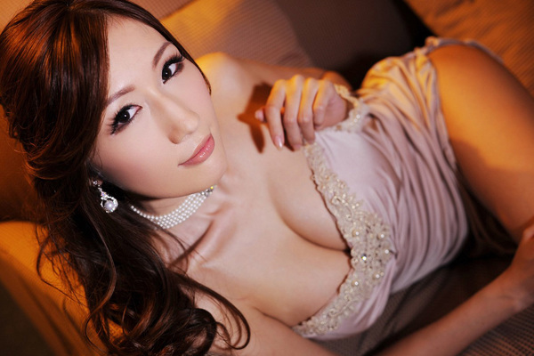 Julia for Sex Asian 18 - 00