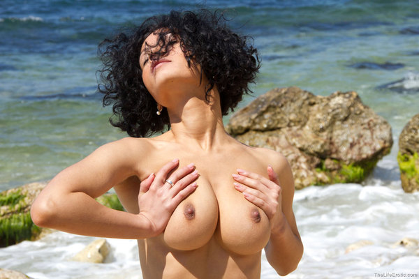 Lubachka Natural For The Life Erotica - 08