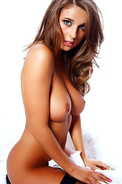 Elle Basey for The Celeb Matrix