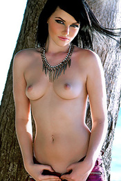 Hot Teen Mellisa Clarke Topless for Page 3