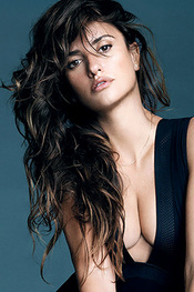 Penelope Cruz Incredibly Sexy For Esquire Magazine