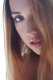 Young Beauty Zara Via Errotica-Archives