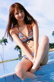 Nozomi Sasaki at the beach