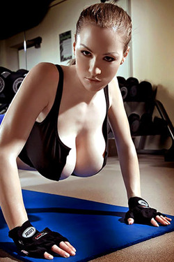Jordan Carver via Pinup Files
