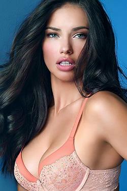 Sexy Celebrity Adriana Lima