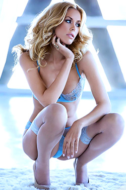 Kennedy Summers Is Miss December 2013 For Playboy