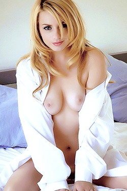 Lexi Belle Lazy Morning