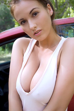 Big Tits Maria Outdoors For Next Door Models