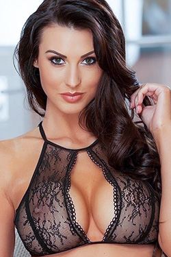 Alice Goodwin Via Babe Station