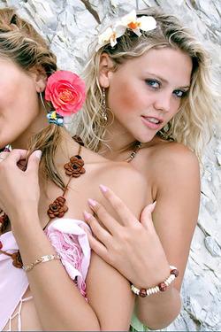 Sweet Lilya Friends